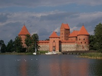 Trakai, Lithuania: Island Castle (Flickr - kенгуруджек  )